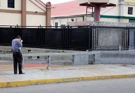 Venezuela'da sembolik halk oylaması yapıldı