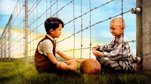historicalfictionbookreviews the boy in the striped pajamas tom k bruno and shamuel at the fence
