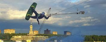 Городская волна: где кататься на вейкборде в Москве и сколько ...