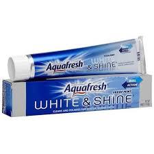 Купить <b>зубную пасту</b> Aquafresh <b>Сияющая белизна</b>, 100мл в ...