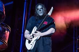 <b>Slipknot's Mick Thomson</b> Has Spinal Surgery