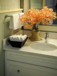 guest bathroom towels: guest bathroom idea like the bowl of hand towels