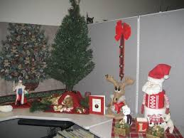 cubicle office decor 1 office cubicle design ideas amazing christmas decorating ideas office 1