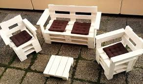 diy wood pallet patio furniture build pallet furniture