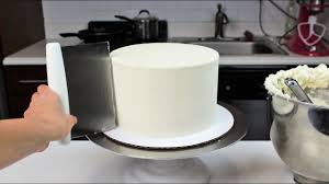 How to Smooth Frosting on a Cake I CHELSWEETS - YouTube