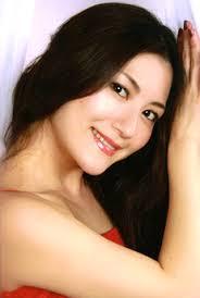 Die junge japanische Sopranistin, Ayako Tanaka wird uns mit ihrer erstaunlichen Höhe und Leichtigkeit bezaubern. Koloratur muss aber nicht immer hoch sein ... - img01