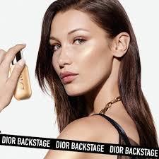 <b>BACKSTAGE Face & Body Glow</b> - <b>Dior</b>   Sephora