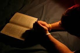 Resultado de imagem para imagens o lugar secreto da oração