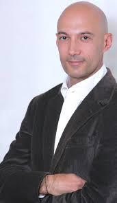 Eduardo Fernández, Managing Director de RIM España, Portugal, Grecia, Chipre y Malta. Hoy las empresas están migrando hacia la nube, por lo menos en cuanto ... - eduardo-fernandez-rim-2