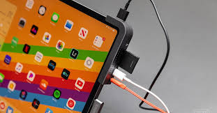 iPad Pro <b>USB</b>-<b>C hubs</b>: the best, worst, and weirdest options - The ...
