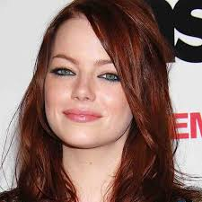 as demonstrated by both emma and isla navy eyeliner looks a maz ing when used to line the lower inner rims in fact i 39 m not even a redhead and