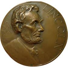 essays on abraham lincoln abraham lincoln essays abraham lincoln bronze essay table medal award s named from