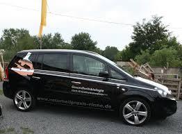 Der Opel Zafira von Jörg Rinne wurde für die Naturheilpraxis-Rinne mit einer passenden Beschriftung ausgestattet. Alle Beschriftungen wurden aus glänzender, ... - IMG_5408-nuturheilpraxis-web