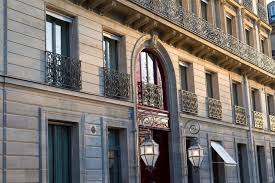 Hotel Residence <b>Maxims De Paris</b>, Paris - trivago.co.uk