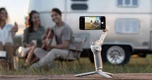<b>DJI OM 4</b> phone stabilizer uses magnets to make shooting smooth ...
