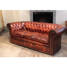 majeurs chesterfield circa 1920s english leather chesterfield sofa chesterfield furniture history