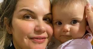 Filha de Katia Aveiro é comparada a filha de Georgina Rodríguez e cantora reage