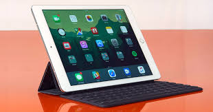 <b>iPad Pro 9.7</b> review: Apple's best tablet, but it won't replace a laptop