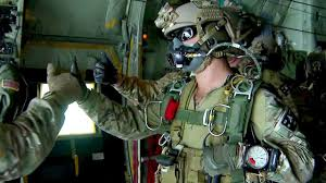 <b>U.S. Army Special</b> Forces Green Berets - High Altitude Jump ...