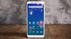 """Обзор смартфона <b>Xiaomi Redmi</b> 5 Plus: бюджетник в """"высоком ..."""