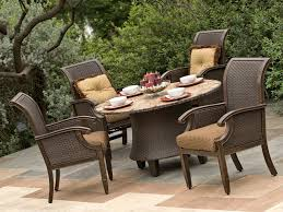 patio table image