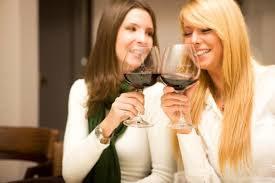 Lose weight and still <b>drink wine</b>! <b>Glass</b> of <b>red</b> is 'good for your gut ...