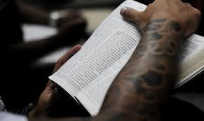Resultado de imagem para IMAGENS DAS BÍBLIAS