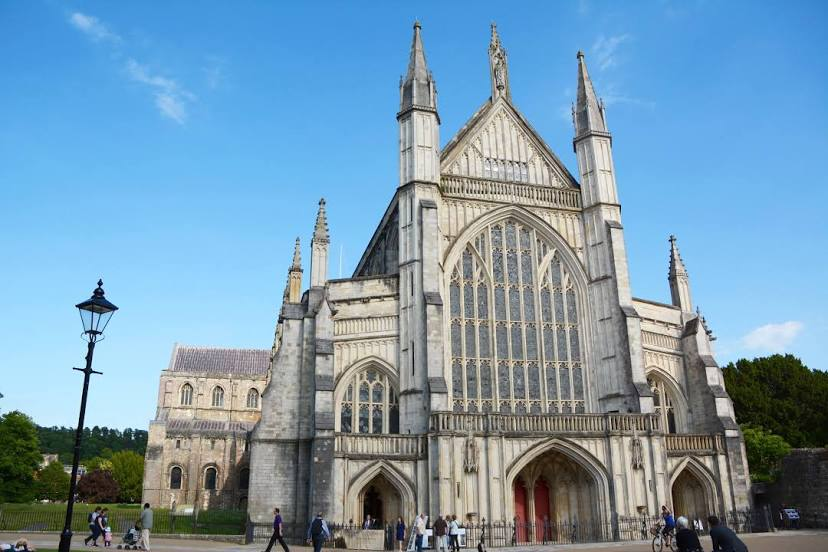 Airport Transfers in Winchester, UK
