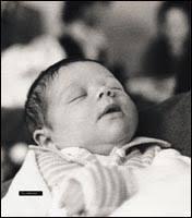 Il a été 3ème au championnat du monde 250cm3 en 1979 (une année qui peut devenir célèbre lol) 001 il est pas chou tout bébé? il était déja à croquer! - 001