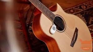Xiaomi Lee Guitars Smart Hygrometer: the gadget for guitarists is ...