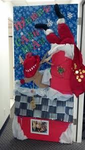 christmas door decorating contest aaron office door decorated