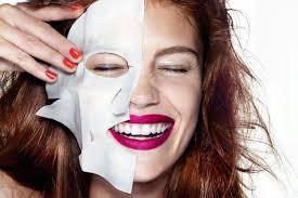 Что происходит с кожей, если пользоваться <b>тканевой маской</b> ...