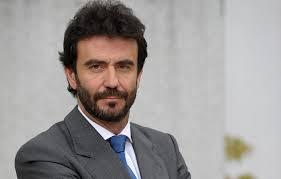 ... del fin de semana pasado en el que advertía de que la austeridad extrema es contraproducente en España, el gestor asegura que este organismo se equivoca ... - 2013042644juan-carlos-martinez-lazaro