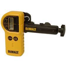 <b>Водонепроницаемый цифровой лазерный детектор</b> DEWALT ...