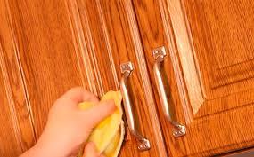 Как <b>мыть</b> деревянную <b>кухню</b> без риска испортить. Чем <b>мыть</b> ...