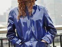 I <b>love</b> raincoats