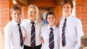 pros and cons of school uniforms essay essay on the pros and cons of school uniforms