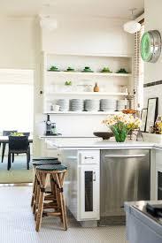 styling kitchen shelf