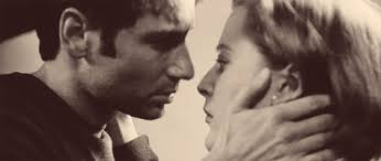 Image result for gillian anderson kiss david in x files