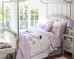 chic girls bedroom likes bedspread