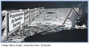 Resultado de imagem para charges - lua