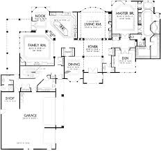 L Shaped Story   Master on Main   AM   st Floor Master    Floor Plan
