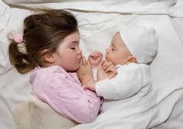 Sids,موت المهد,الموت المفاجىء للأطفال,أسباب المفاجىء,موت images?q=tbn:ANd9GcS