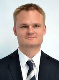 Er folgt damit auf Dr. Sven <b>Ulrich Langner</b>, der nach 13-jähriger Tätigkeit <b>...</b> - peterjosti