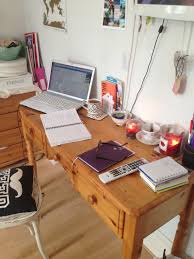 weekend work for writers jump for journalism bank holiday monday work