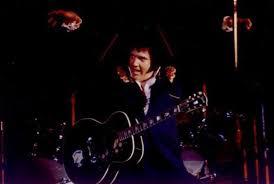 Resultado de imagem para Elvis BLUE FLYING 1975
