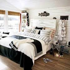 Nautical Themed Bedroom Decor Nautical Bedrooms Decorating Ideas With Wooden Floor Nautical