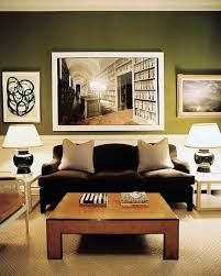 space living room olive: reeeeeally love that photo inn the wallolive green wall color for