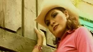 Diana Reyes – Reproducción gratuita, videos, conciertos, estadísticas e imágenes en Last.fm - D17E63B634E30863876EFDA68E10EB1F