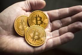 Resultado de imagem para bitcoins images